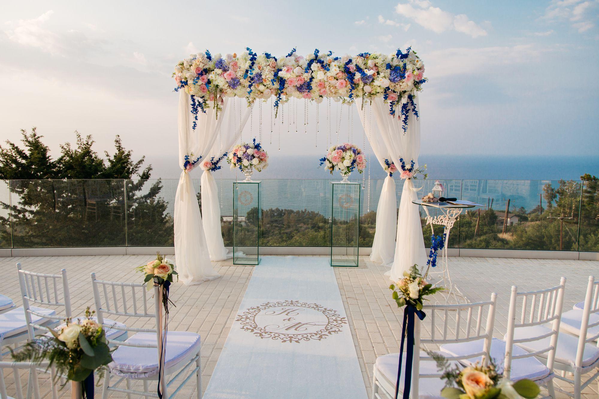 cyprus-wedding-arch